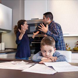 parents-arguing-during-divorce