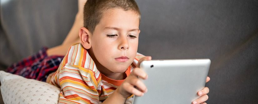the amount of time kids spend online